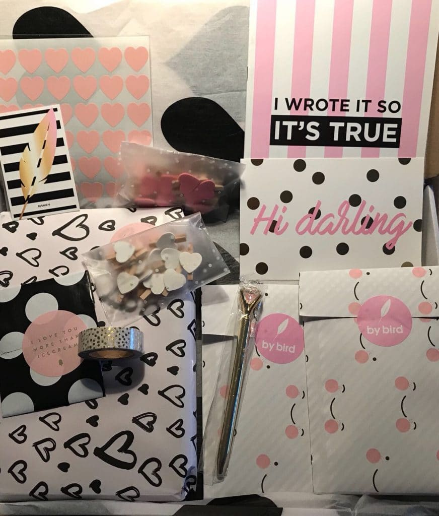 By Bird, roze pakket stationery mariekeblogt.nl