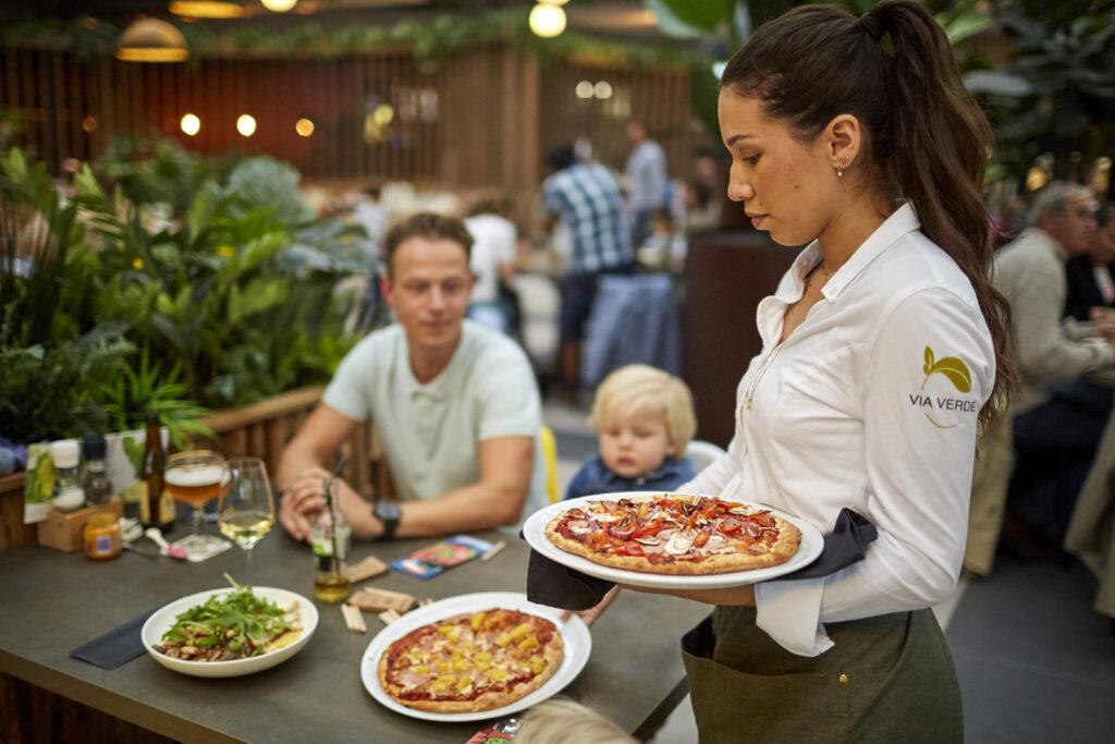 plaza-restaurant-via-verde.jpg